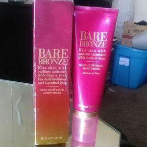 Victoria's Secret Bare Bronze face moisterizer